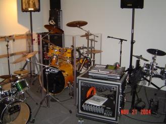 studio 2004